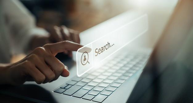 customer mencari informasi